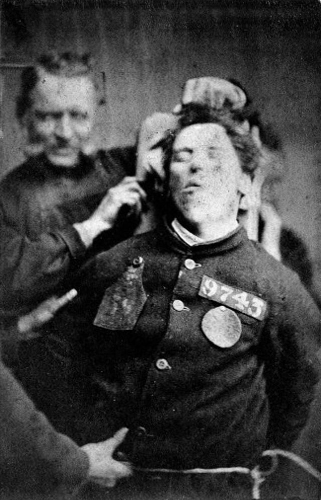 11. Пациент психиатрической лечебницы в Йоркшире, Англия, 1869 год век, мир, прошлое, снимок, событие, странность, фотография
