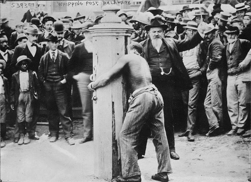 9. Публичная порка темнокожего мужчины за преступление, штат Делавэр, 1900 год век, мир, прошлое, снимок, событие, странность, фотография