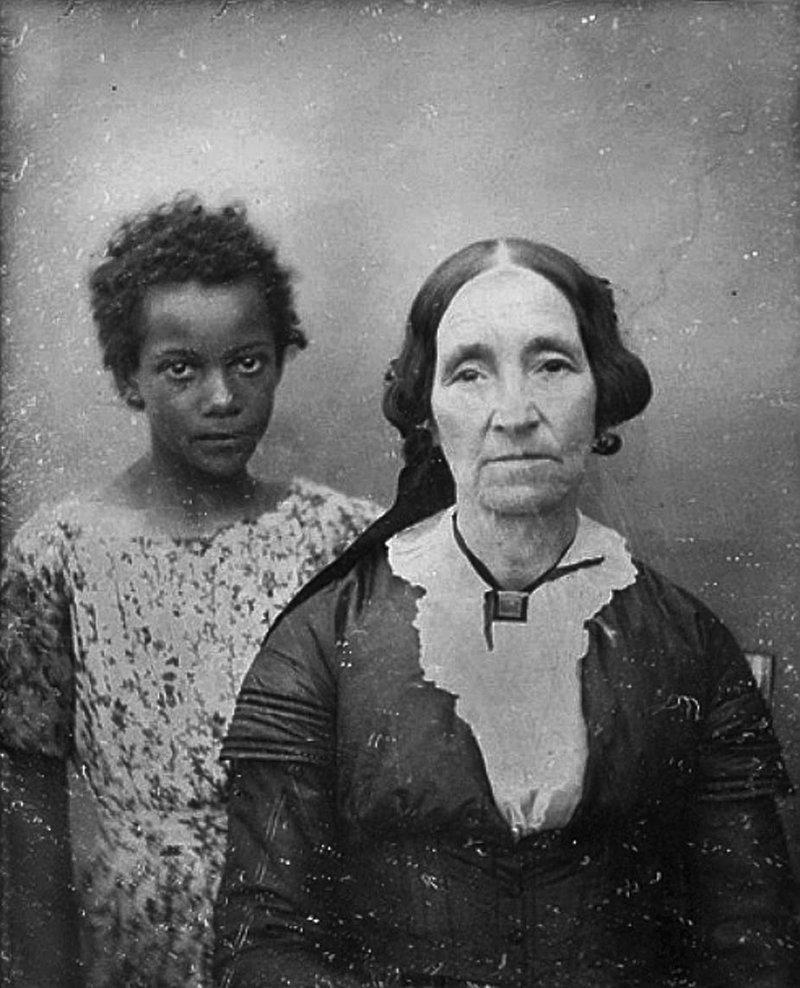 14. Женщина с девочкой-рабыней, Новый Орлеан, США, 1850 год век, мир, прошлое, снимок, событие, странность, фотография