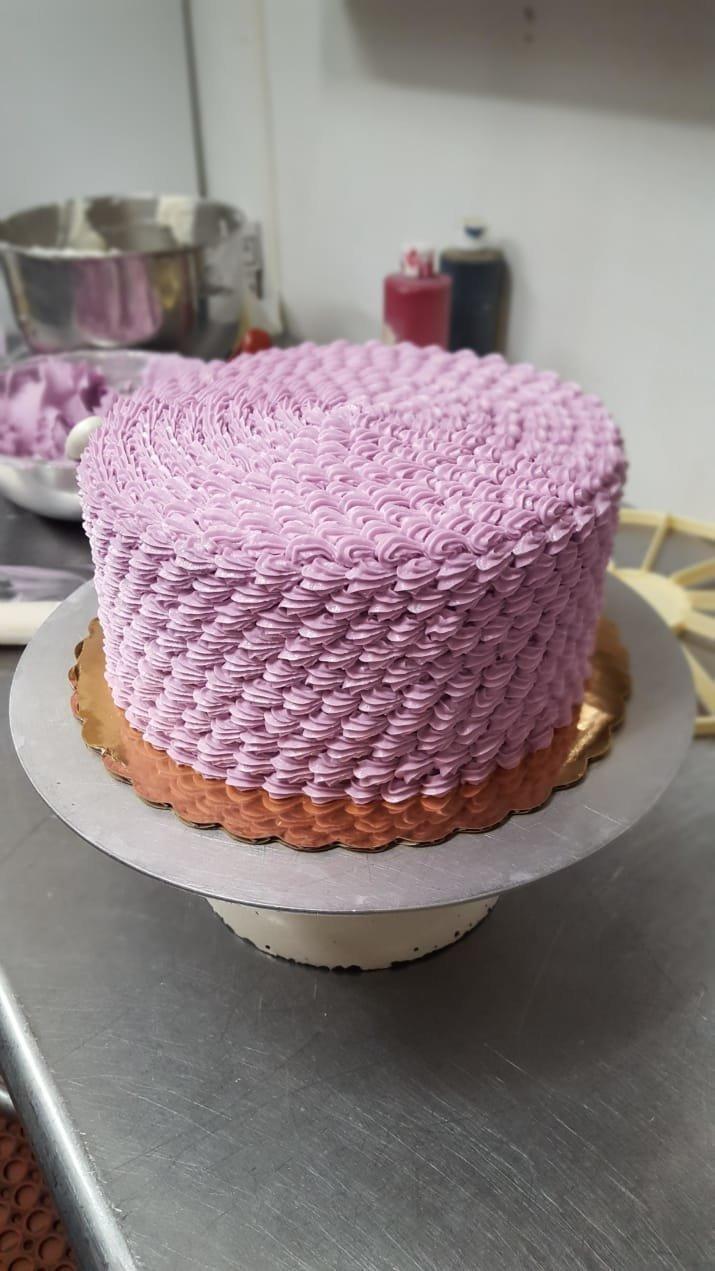Этот торт прекрасен во всем. Слишком прекрасен, чтобы его съесть! аппетитно, блюда, вкусно, как снимать еду, продукты, слюнки текут, фото, фотографии еды
