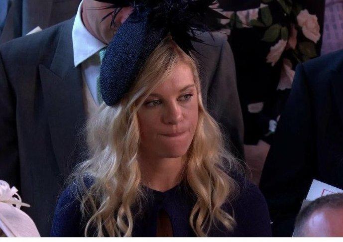 Бывшая подружка принца Гарри тоже получила приглашение на свадьбу. Кажется, она не очень рада за молодых Меган Маркл, забавно, королевская свадьба, приколы, принц гарри, свадебный юмор, смешно, юмор