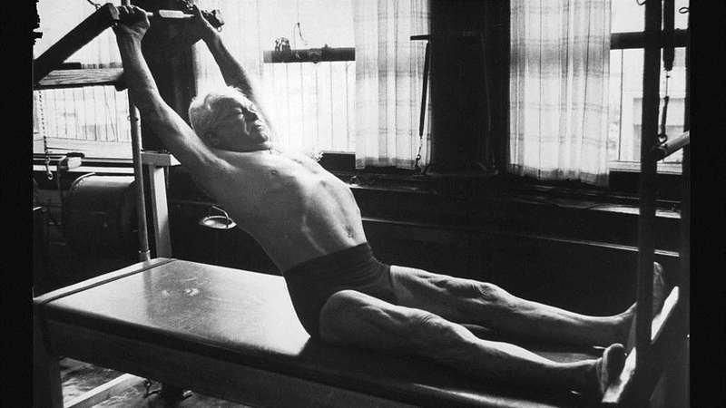 Йозеф Пилатес рассказал, как нужно жить, чтобы долго оставаться молоды Йозеф Пилатес, возраст, здоровые, история, спорт, тело