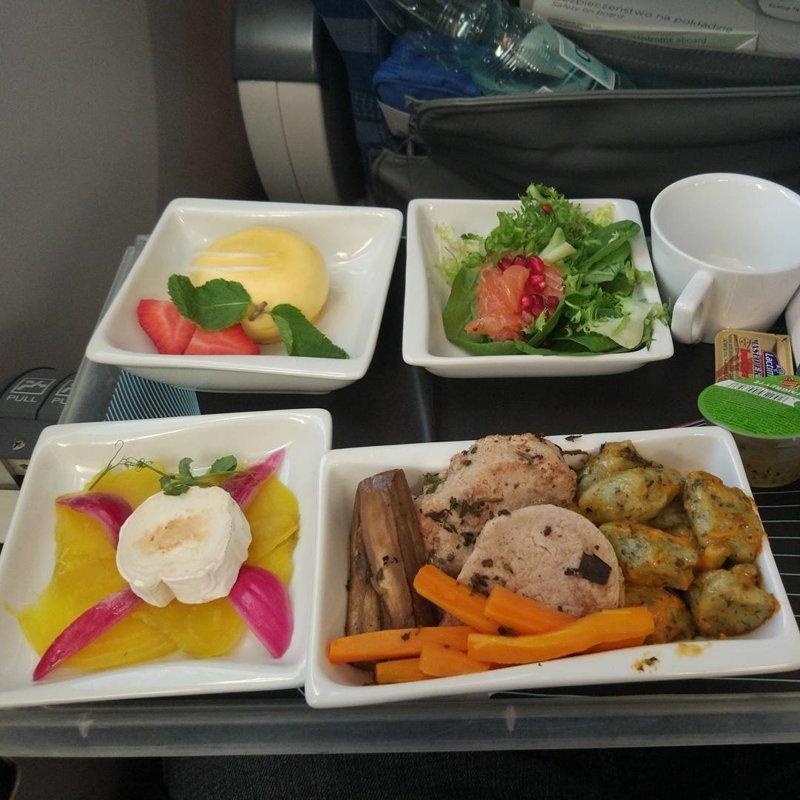 """16. Еда в премиум-классе польской авиакомпании """"LOT"""" авиакомпании, еда на борту, отпуск, питание в самолете, поездка, рейс, фото"""