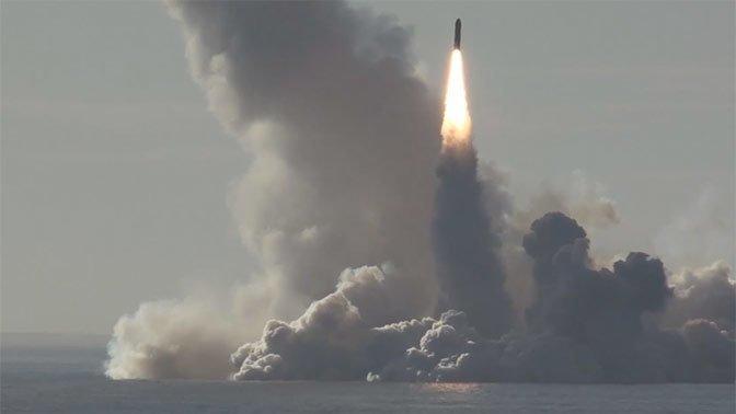 Видео запуска четырех ракет «Булава» с подлодки «Юрий Долгорукий» Юрий Долгорукий, булава, видео, подлодка