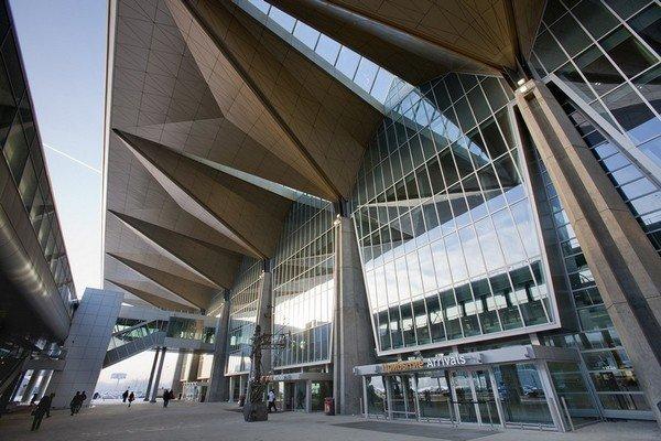 8 самых необычных аэропортов России и соседних стран аэропорты, интересно, фото