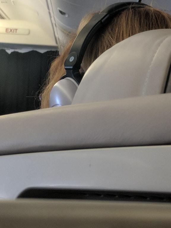 10. «Мне весь полёт пришлось смотреть на это безобразие» вещи, забавно, подборка, прикол, юмор