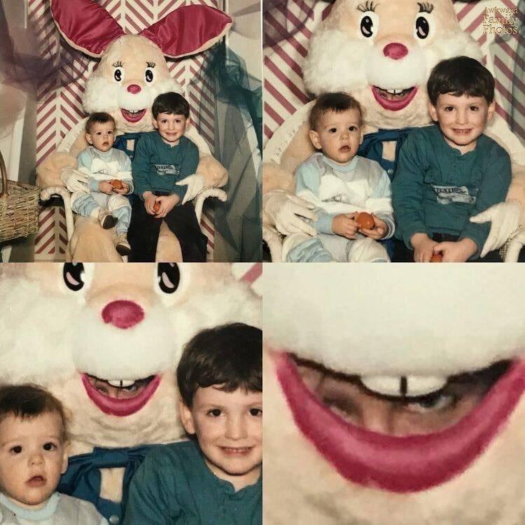 «Я нашёл фото с пасхальным кроликом. Костюм не был жутким, но когда я приблизил, то ужаснулся» архив, кадр, прикол, семейное фото, семья, фото, юмор