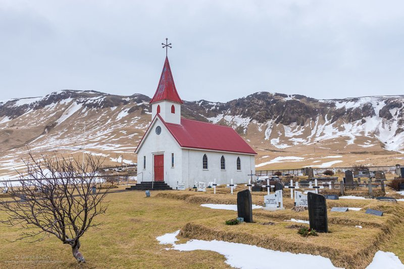 """""""В Исландии тысячи маленьких живописных церквушек"""" исландия, красиво, красивый вид, природа, путешествия, туризм, фото, фотограф"""