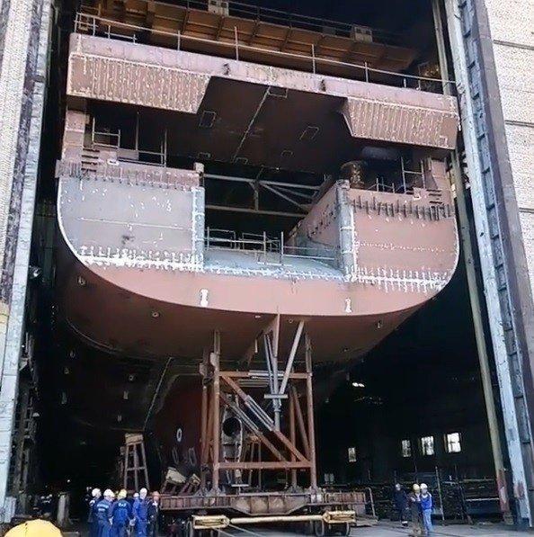 На ВСЗ состоялся вывод корпуса головного траулера «Баренцево Море» на открытый стапель Хорошие, добрые, новости, россия, фоторепортаж