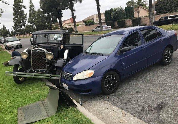 Водятел разбил уникальный Ford Model A авария, авто
