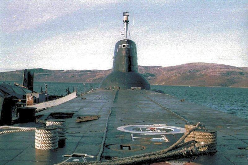 Самая большая подводная лодка в мире акула, большая, лодка, подводная