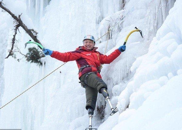 69-летний безногий онкобольной альпинист покорил Эверест духа, сила, фото, человек