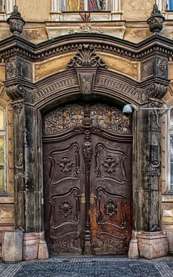 1. Прага doors, Нил Гейман, архитектура, двери, дизайн, красиво, красивые двери, эстет