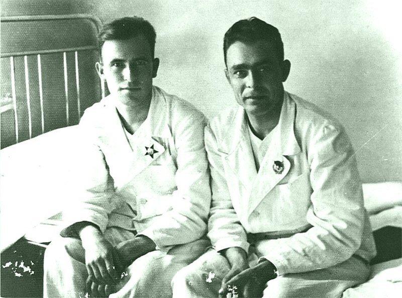 Л. И. Брежнев в госпитале после ранения. 1942 год Брежнев Л. И., СССР, история