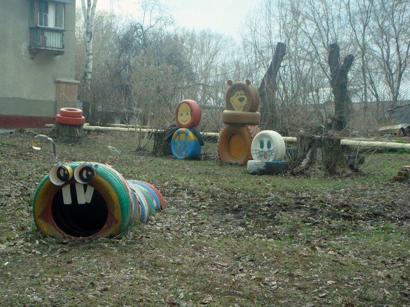 Когда народное оформление двора переходит все границы ЖЭК, город, двор, жэк арт, оформление двора, эстетика, юмор