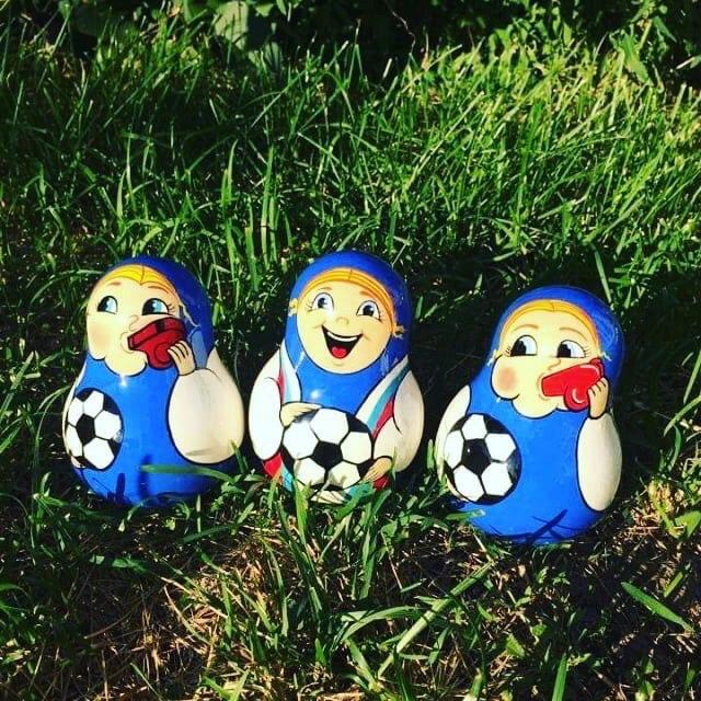 Уже видели этих матрешек? Фантазия производителей сувениров пошла дальше... FIFA, прикол, россия, спорт, футбол, чемпионат мира, чм2018, юмор