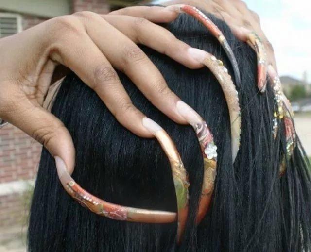 12. Волосы и ногти продолжают расти после смерти — ложь интересно, любопытно., факты