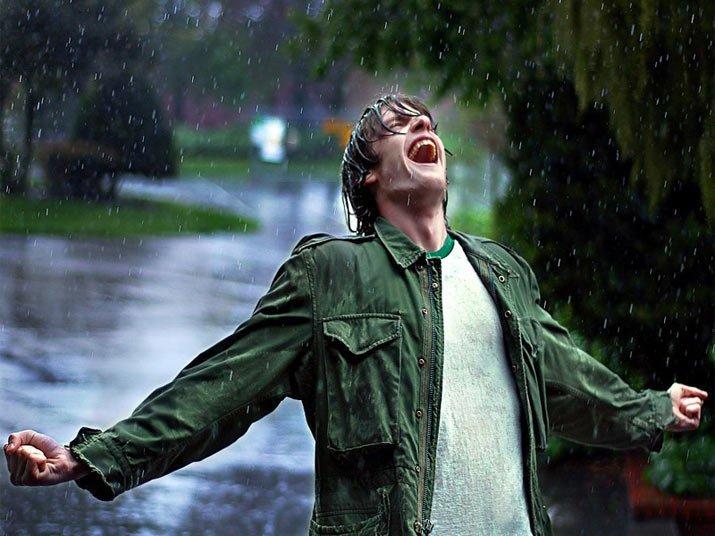 14. Если бежать под дождем, то мокнешь меньше — математическая правда интересно, любопытно., факты