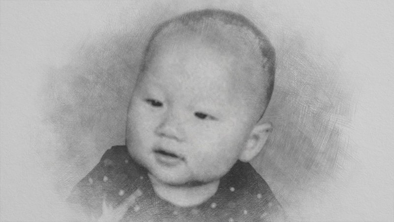 При рождении Джеки получил имя Чан Кон Сан, что означает Чан родившийся в Гонконге. Чан Кон Сан появился на свет 7 апреля 1954 года. Новорождённый весил почти 5,5 кг, за что родители прозвали его «Пао-Пао» - «пушечное ядро». актёр, биография, джеки чан, жизнь, семья, творчество, трюки, фильмы
