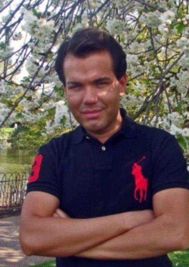 """""""Живой Кен"""" лишился паспорта из-за несходства с собственной фотографией Родриго Алвез, живой кен, паспорт, паспортный контроль, пластическая хирургия, происшествие, странные люди, удивительное рядом"""