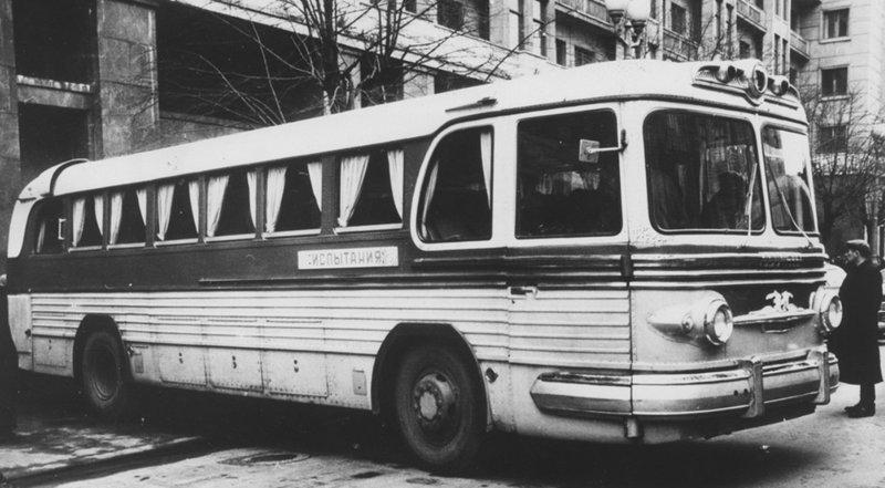 Первый и последний советский междугородный автобус ЗиС‑127 (ЗиЛ) выпускали в СССР с 1955‑го до 1961 года. автобус, автомир, железная дорога, интересное, история, крым, трамвай, троллейбус