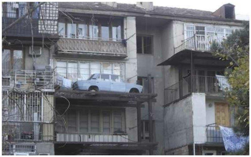 Нет гаража? Не беда! Фабрика идей, автомир, гаражи. навесы, решения