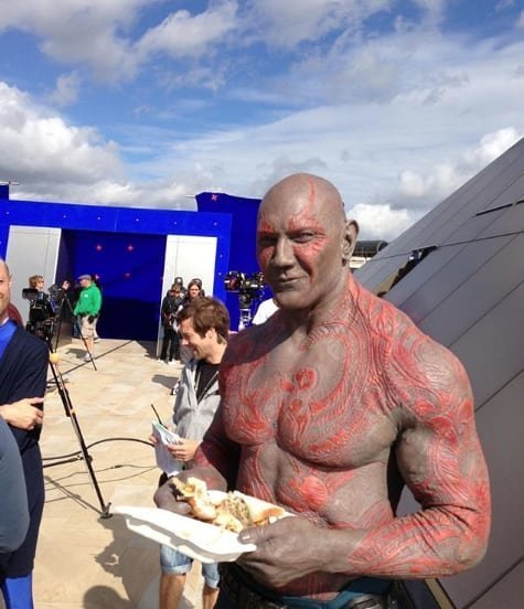 19. И любит хороший сэндвич Marvel Avengers Assemble, Marvel Comics, За кадром известных фильмов, за кадром, мстители на сьемках, мстители смешные моменты, съемочная площадка, съёмки фильма