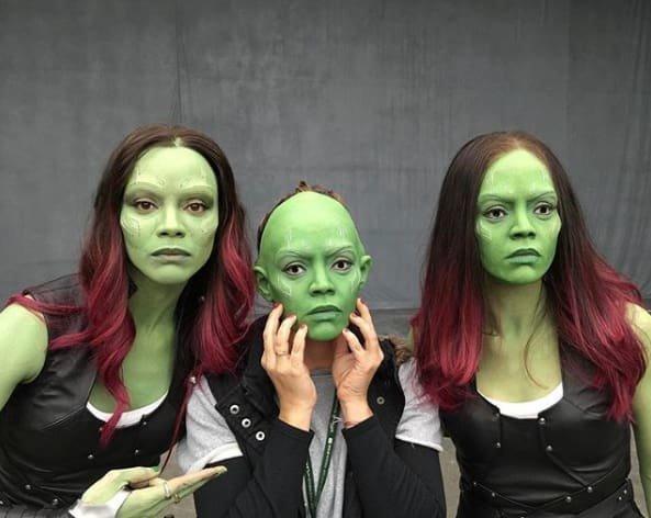 20. У дублеров Гаморы были жутковые зеленые маски, но в фильме это незаметно Marvel Avengers Assemble, Marvel Comics, За кадром известных фильмов, за кадром, мстители на сьемках, мстители смешные моменты, съемочная площадка, съёмки фильма