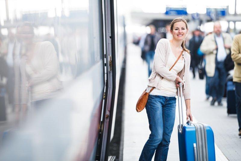 2. Уехать раньше билет на поезд, пассажиры, плацкарт, поезд, права