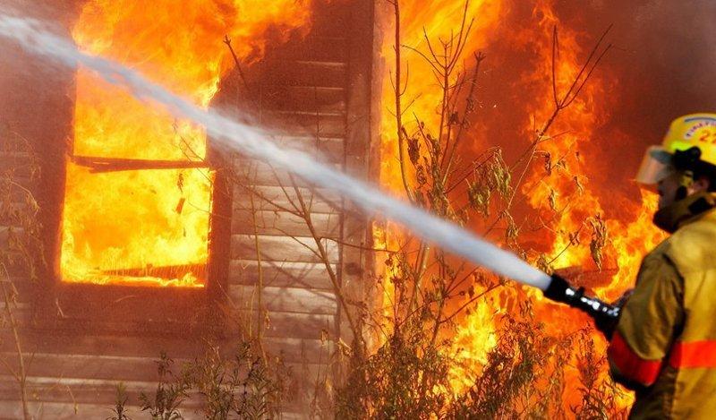 Почему вода тушит огонь вода, огонь, тушит