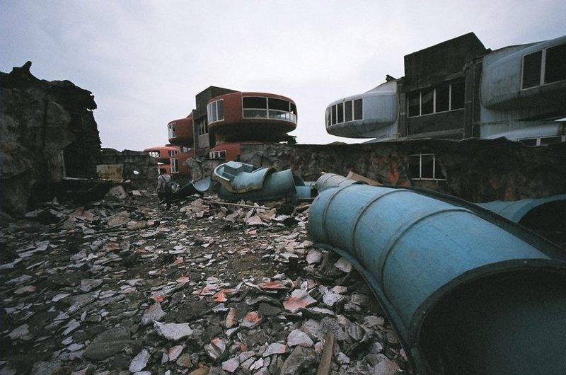 Как бы то ни было, вид у развалин Саньчжи действительно жуткий… город-призрак, загадки, мистика, непознанное, саньчжи