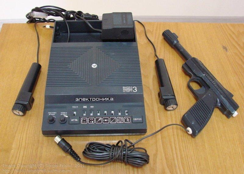 """""""Электроника Видеоспорт-3"""" — игровая приставка 1988 года стоила 115 рублей. Как видим, почти 40 лет прошло, а компьютеры как стоили """"одну зарплату"""", так и стоят СССР, гаджет, история, стиралка, техника, факты"""