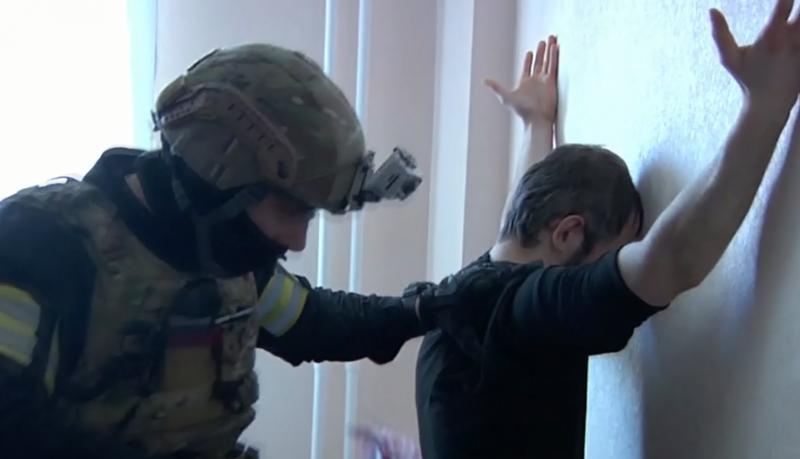 ФСБ задержала в Красноярске 11 пособников террористов задержание, красноярск, религиозная ячейка, терроризм, фсб