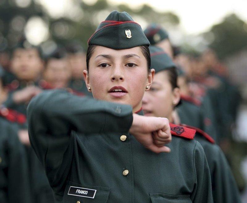 Богота, Колумбия Вооружённые силы, армии, девушки, девушки в армии, пилотка, пилотки, раритет, современные пилотки