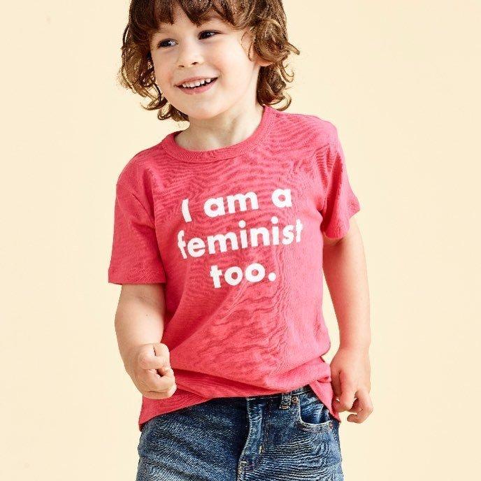 Феминистки добрались до детей: производители одежды выпустили футболки с провокационными надписями J.Crew, ynews, коллекция, одежда, принт, феминизм