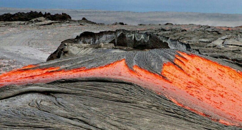 Что произойдет с человеком, упавшим в лаву? вулкан, лава, человек
