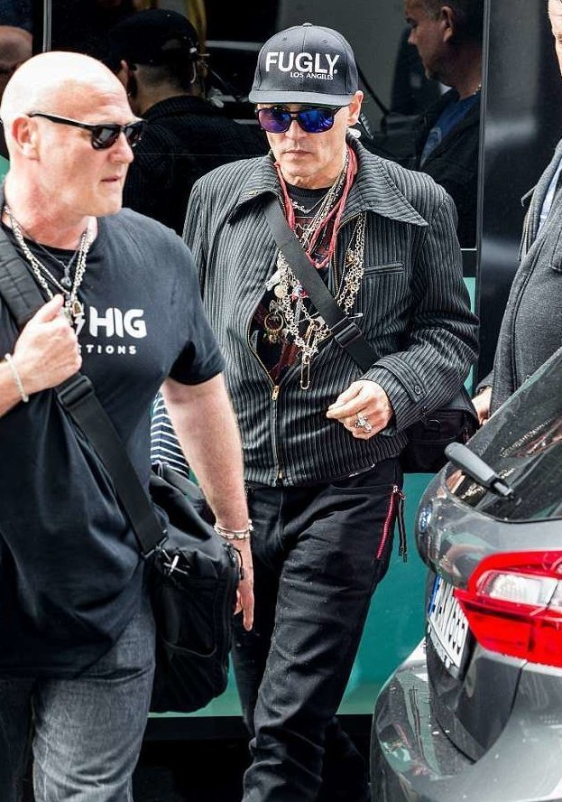 Отчего так похудел Джонни Депп? актеры, голливуд, джонни депп, звезда и поклонники, звезды, звезды в Берлине, здоровье кумира, знаменитости