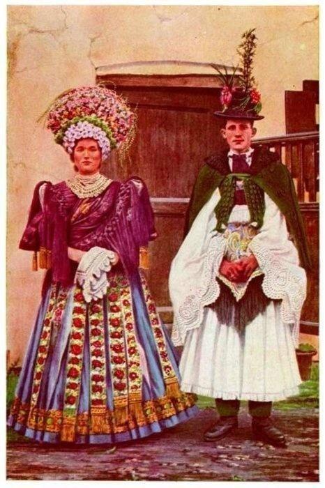 Такие прически делали не только на свадьбу, но и на многие любимые праздники исторические фото, история, мода, прическа, свадьба, факты