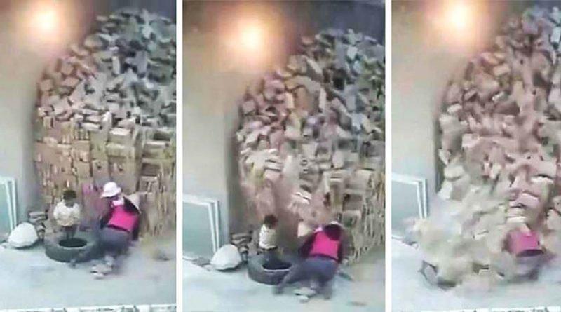 В Китае чудом выжили брат и сестра, на которых завалилась огромная кладка кирпичей в мире, дети, камни, кирпич, кладка, люди