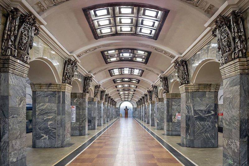 станции метро петербурга фото