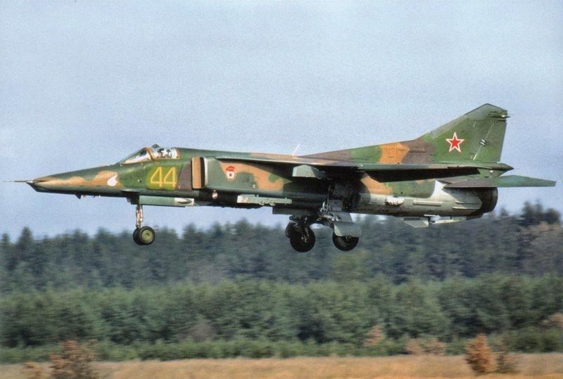 МиГ-27  миг, самолёты, фоторепортаж