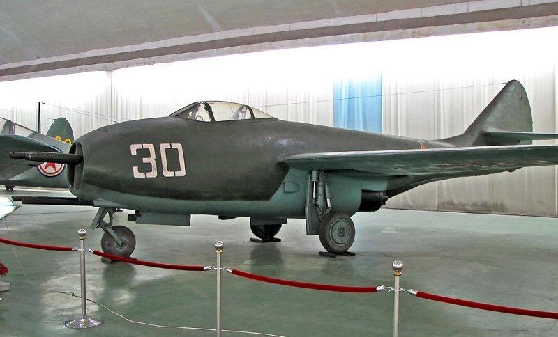 МиГ-9 миг, самолёты, фоторепортаж