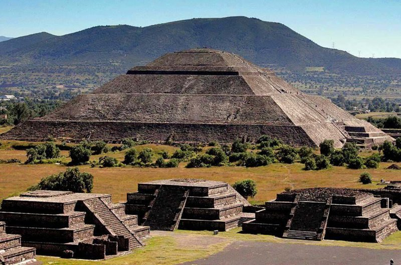 Страна мертвых в «Тайне Коко» / Теотиуакан, Мексика в мире, достопримечательности, интересно, мультфильм