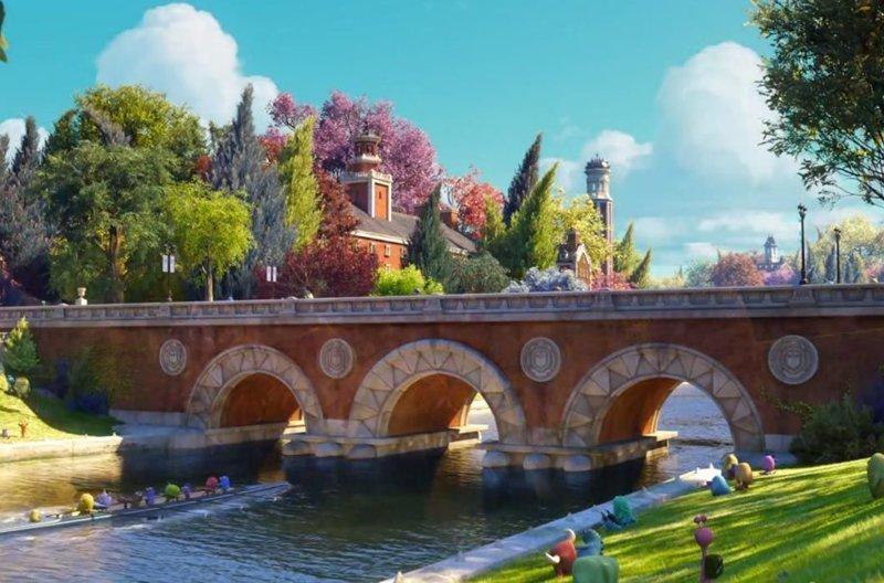Мост в «Университете монстров» / Weeks Footbridge, Гарвард в мире, достопримечательности, интересно, мультфильм