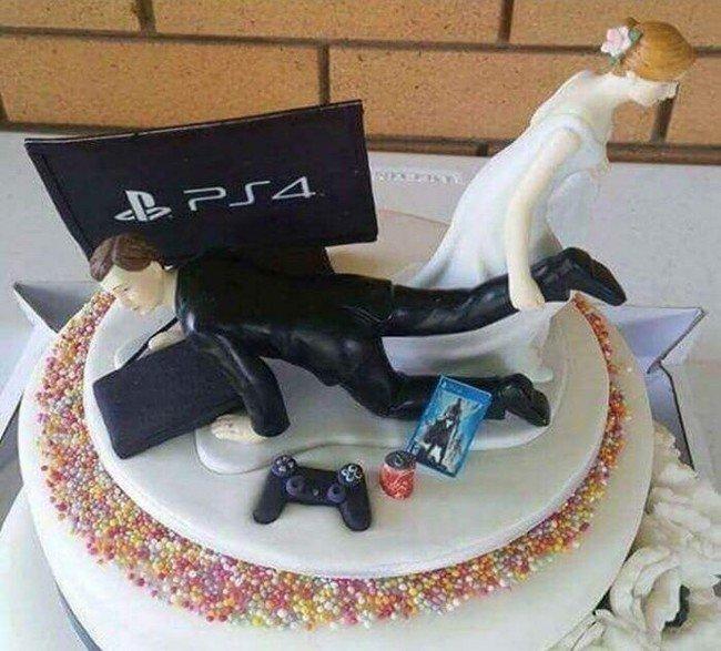 PS4 VS невеста Молодожёны, невеста, прикол, свадьба, торжество, юмор