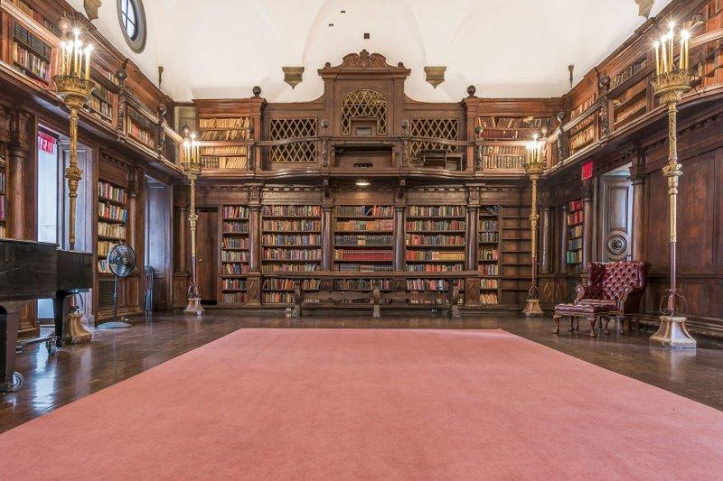 """6. Библиотека в отеле House Of The Redeemer (""""Дом искупителя""""), Нью-Йорк, США архитектура, библиотека, библиотеки, библиотеки мира, красота, путешествия, фотограф, фотопроект"""