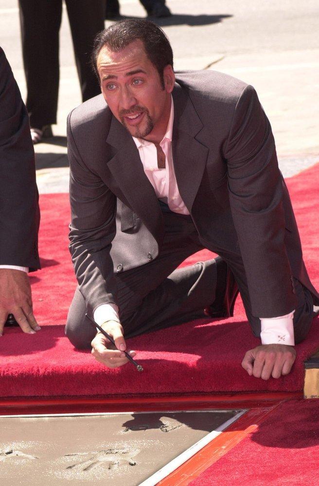 4. Николас Кейдж и коллекции актер, звезды, коллекция, необычный, неожиданность, развлечение, хобби