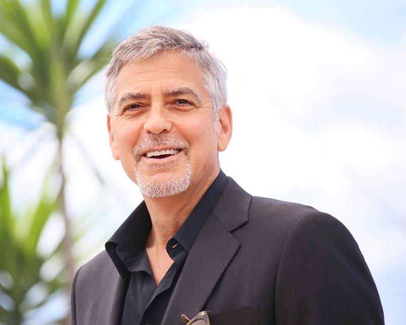 1. Джордж Клуни и обувь актер, звезды, коллекция, необычный, неожиданность, развлечение, хобби