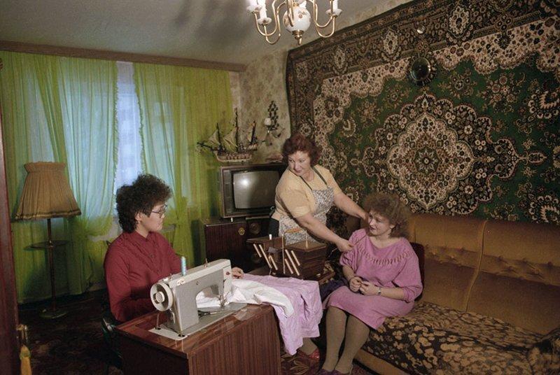 В 90-х россияне гордились этими вещами. Сейчас они выглядят смешно СССР, история, факты