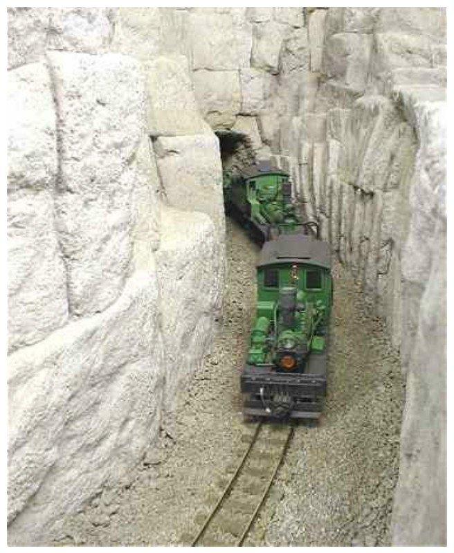 Реконструкция железной дороги на некогда существующей шахте в Астралии интересное, красота, тоннели, удивительное, факты